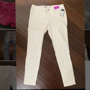 Mossimo jeans stretchy NWT 6/28